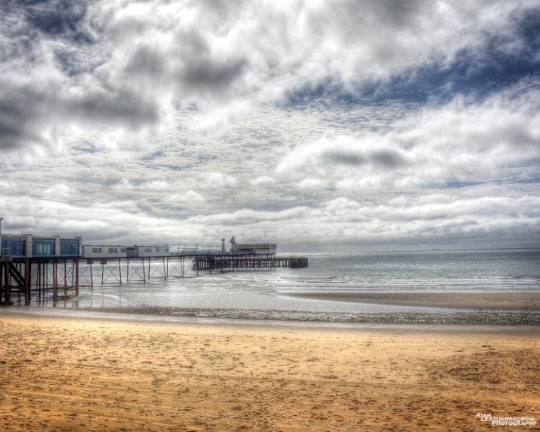sandown-pier